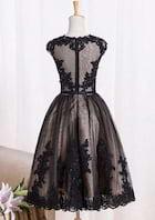 A-Line/Princess Bateau Sleeveless Knee-Length Lace Prom Dress With Appliqued Beading