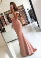 Trumpet/Mermaid Off-The-Shoulder Sleeveless Sweep Train Elastic Satin Prom Dress With Lace Appliqued