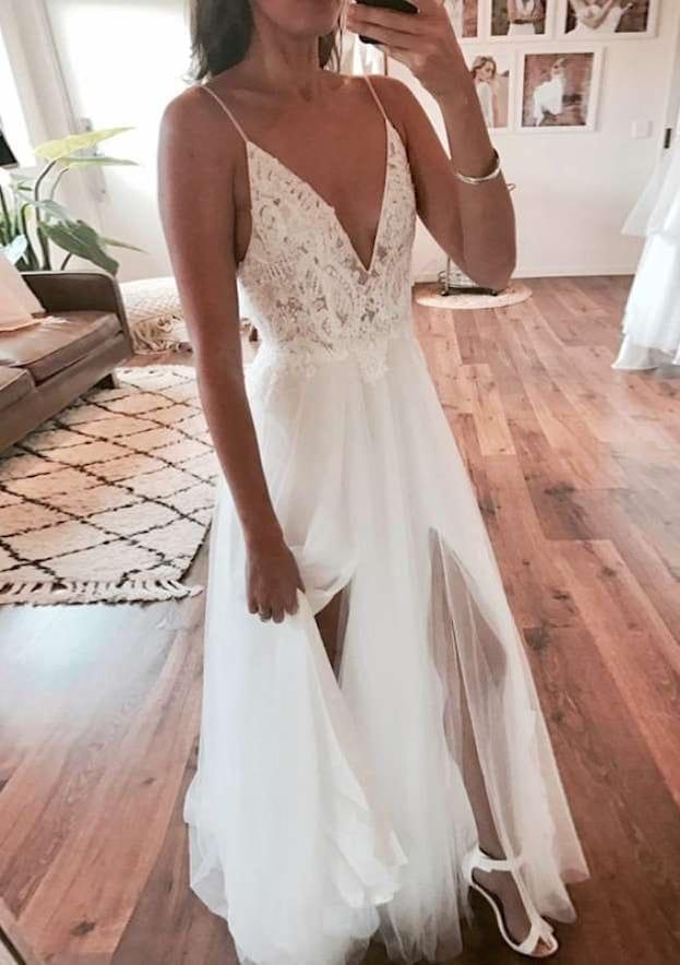 A-Line/Princess V Neck Sleeveless Sweep Train Tulle Wedding Dress With Appliqued Split