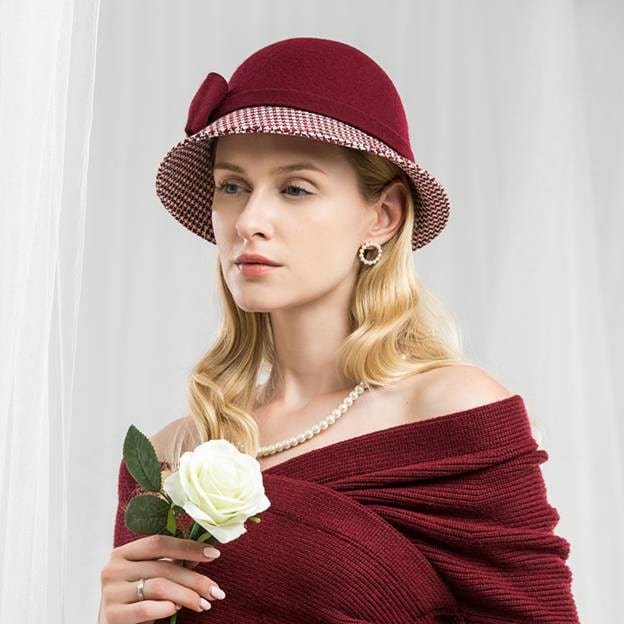 Ladies' Charming/Elegant Wool Bowler/Cloche Hats With Bowknot