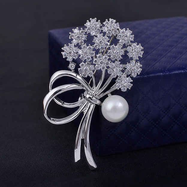 Women's Romantic Silver Brooches With Cubic Zirconia/Imitation Pearls