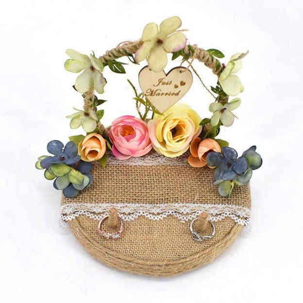 Personalized Ring Holder in Linen With Flower