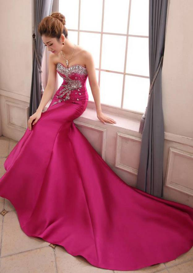 Trumpet/Mermaid Sweetheart Sleeveless Court Train Satin Evening Dress With Rhinestone Beading