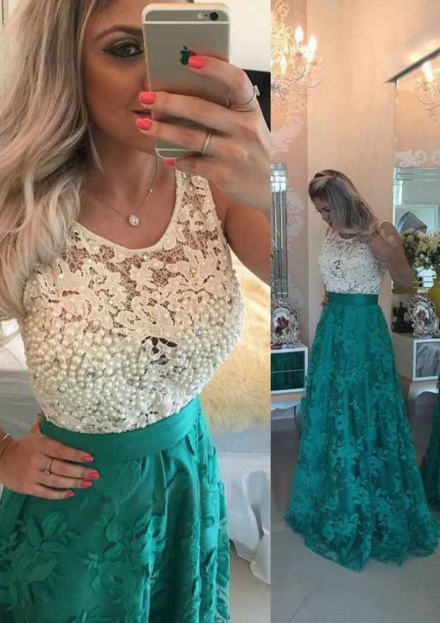 A-Line/Princess Scoop Neck Sleeveless Long/Floor-Length Lace Prom Dress With Beading