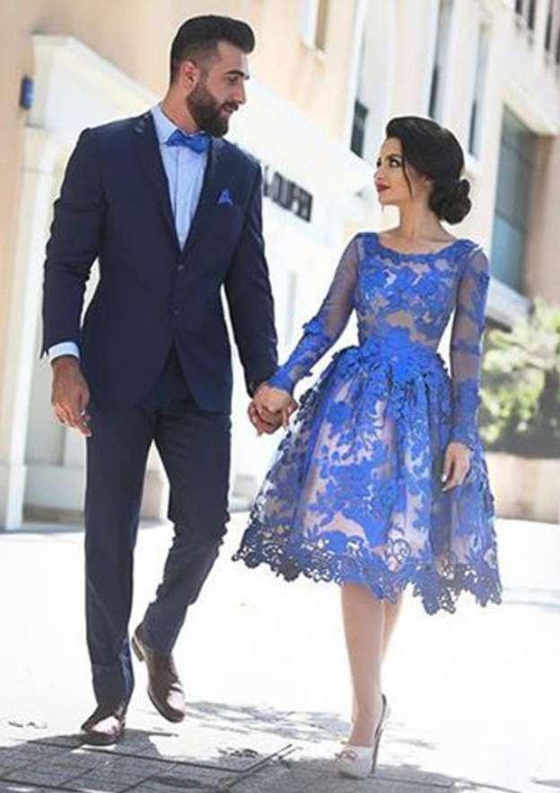 A-Line/Princess Bateau Full/Long Sleeve Knee-Length Lace Homecoming Dress