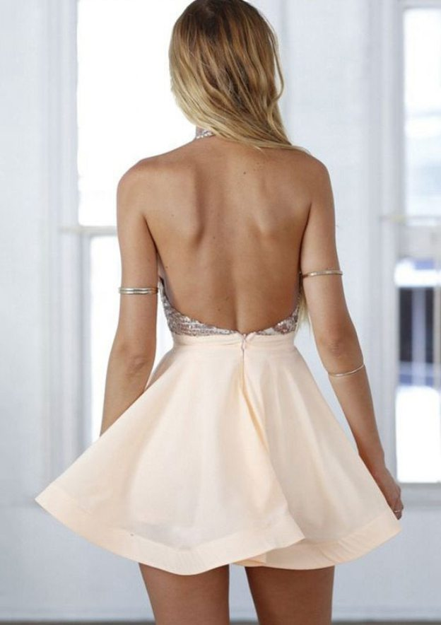 A-Line/Princess Halter Sleeveless Short/Mini Elastic Satin Homecoming Dress With Sequins
