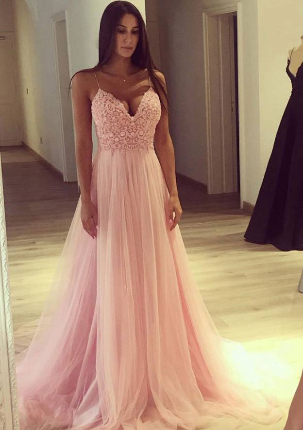 A-Line/Princess Sweetheart Sleeveless Sweep Train Tulle Prom Dress With Lace