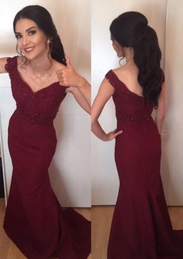 Sheath/Column V Neck Sleeveless Sweep Train Satin Prom Dress With Beading