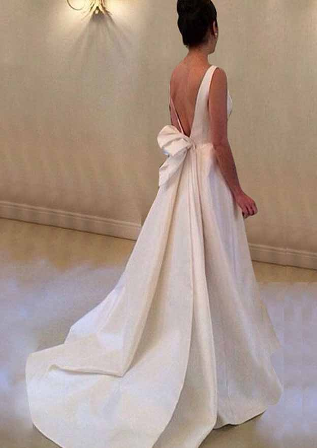A-Line/Princess Bateau Sleeveless Court Train Satin Wedding Dress With Bowknot