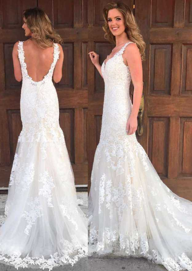 Sheath/Column V Neck Regular Straps Court Train Tulle Wedding Dress With Appliqued Lace