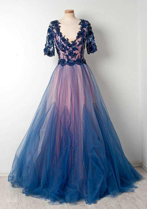 A-Line/Princess Scalloped Neck Half Sleeve Sweep Train Tulle Prom Dress With Sequins Appliqued Flowers