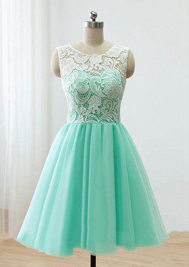 A-Line/Princess Bateau Sleeveless Short/Mini Tulle Homecoming Dress With Lace