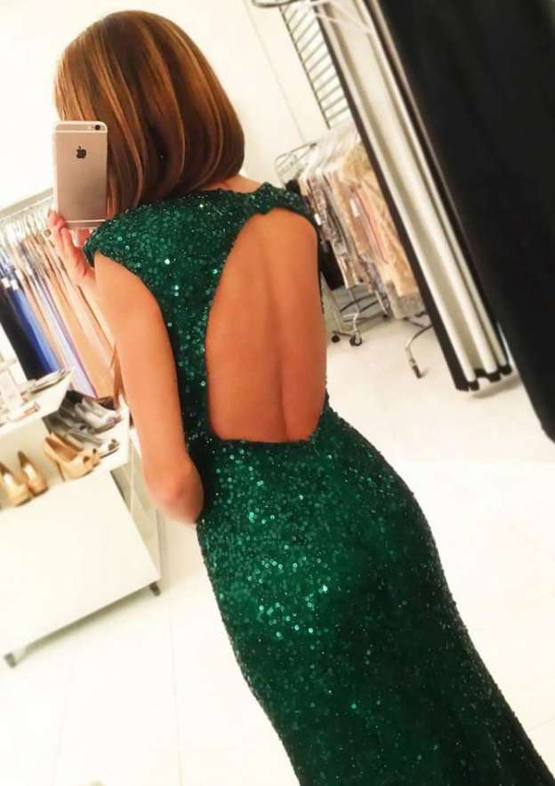 Sheath/Column Bateau Sleeveless Long/Floor-Length Sequined Prom Dress With Split