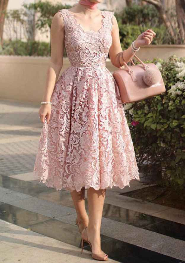 A-Line/Princess Scalloped Neck Sleeveless Tea-Length Lace Prom Dress