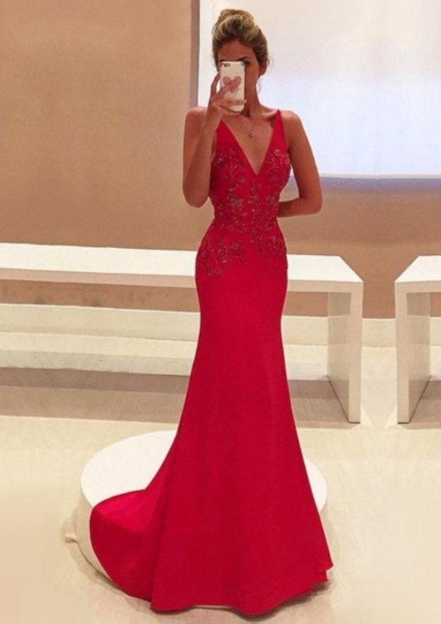 Sheath/Column V Neck Sleeveless Sweep Train Elastic Satin Prom Dress With Appliqued