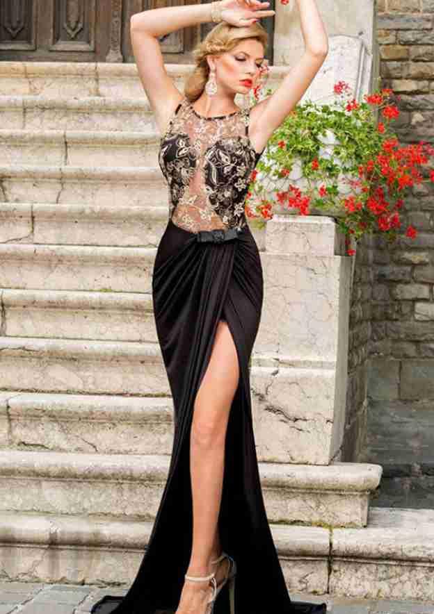 Sheath/Column Bateau Sleeveless Sweep Train Charmeuse Prom Dress With Beading Appliqued