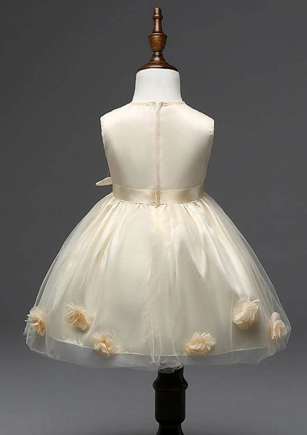 A-Line/Princess Bateau Sleeveless Tea-Length Tulle Flower Girl Dress With Sashes Handmade Flowers