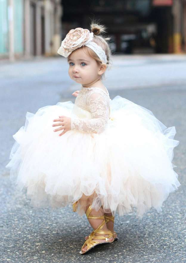 Ball Gown Bateau Full/Long Sleeve Tea-Length Tulle Flower Girl Dress With Lace