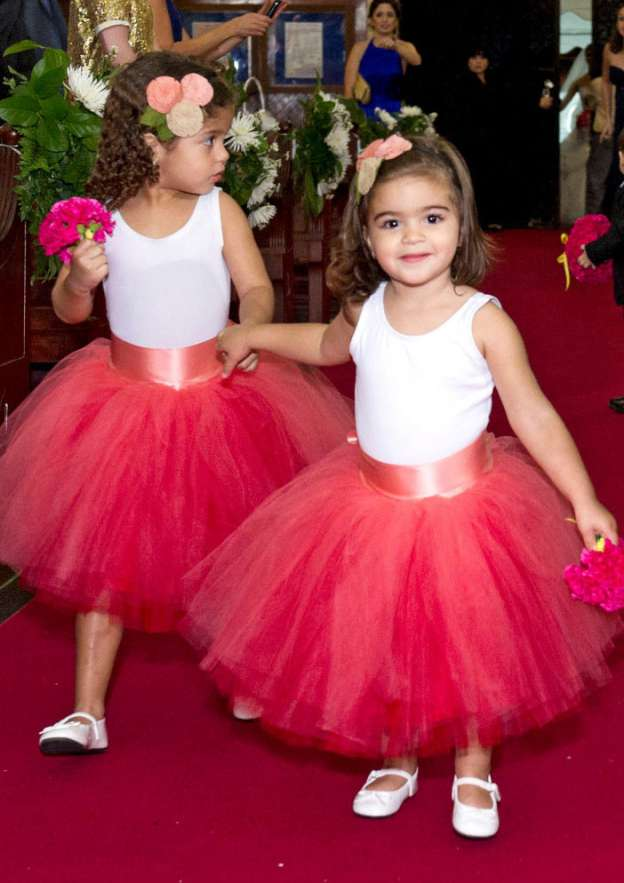 Ball Gown Bateau Sleeveless Tea-Length Tulle Flower Girl Dress With Sashes