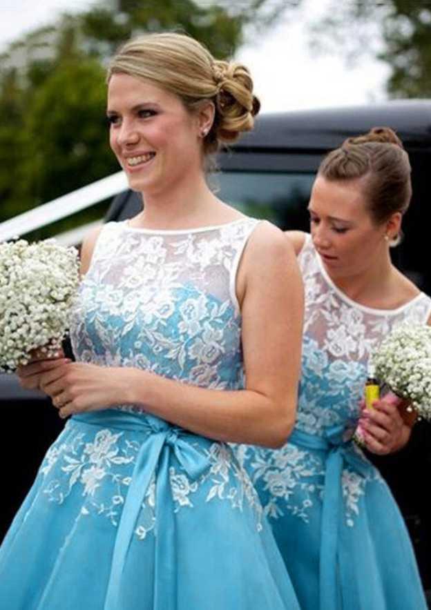 A-Line/Princess Bateau Sleeveless Tea-Length Organza Bridesmaid Dress With Sashes Appliqued