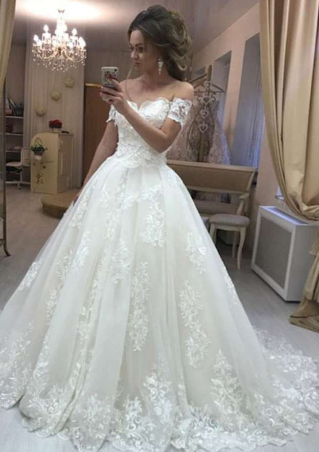 Ball Gown Off-The-Shoulder Short Sleeve Court Train Tulle Wedding Dress With Appliqued