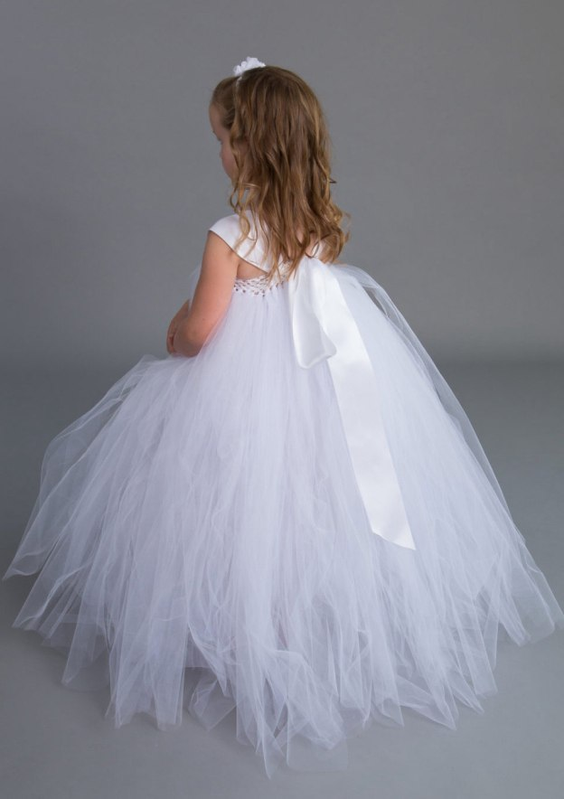 Ball Gown Square Neckline Sleeveless Long/Floor-Length Tulle Flower Girl Dress With Flowers