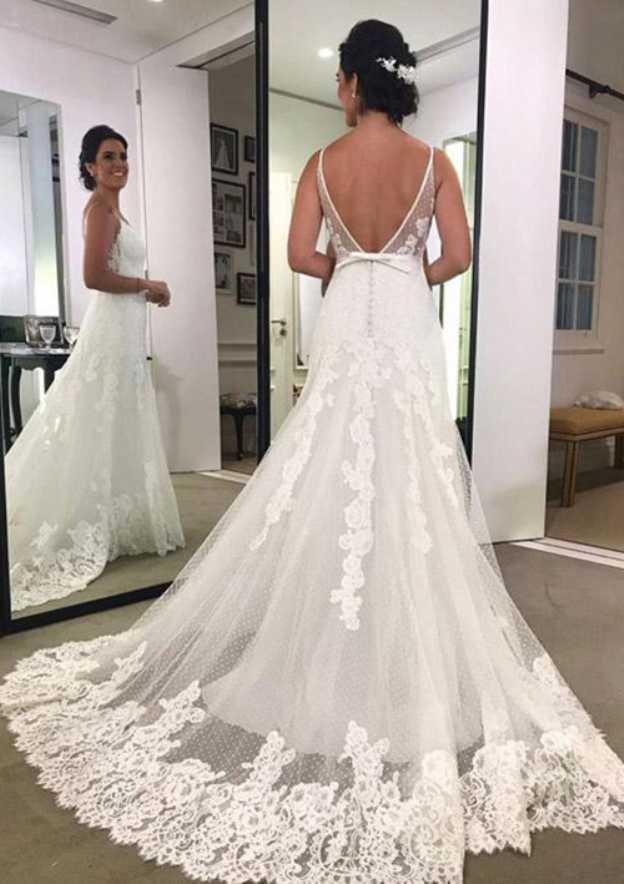 Sheath/Column V Neck Sleeveless Court Train Lace Wedding Dress With Appliqued Bowknot