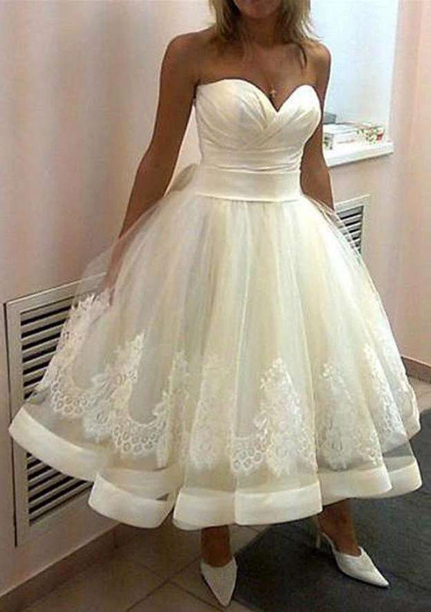 Ball Gown Sweetheart Sleeveless Ankle-Length Tulle Wedding Dress With Appliqued