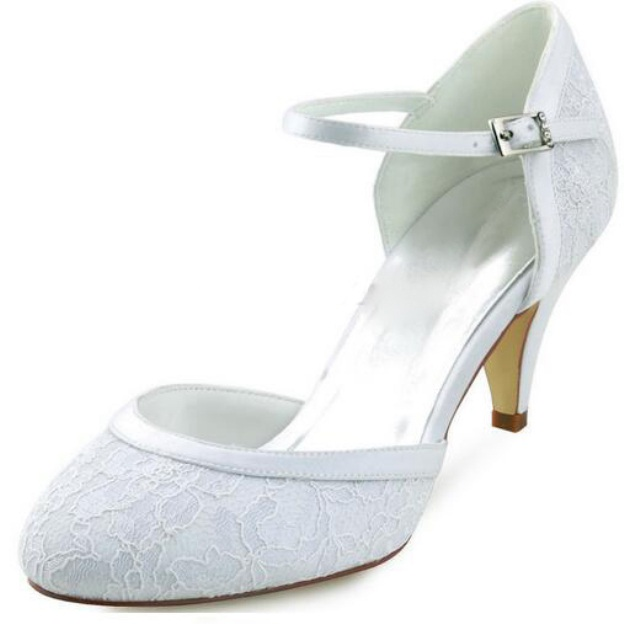 Close Toe Round Toe Cone Heel Lace Wedding Shoes With Buckle Rhinestone
