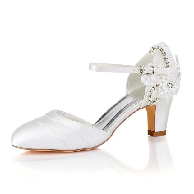 Sandals Wedding Shoes Round Toe Cone Heel Satin Wedding Shoes With Buckle Flowers Lace Rhinestone