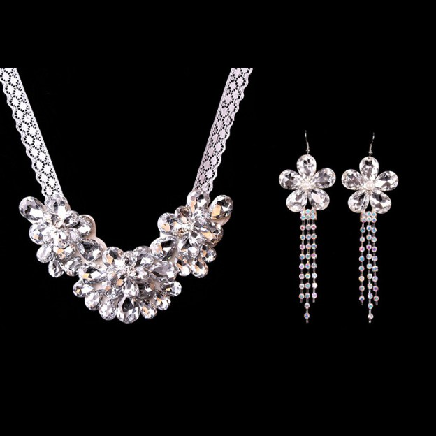 Basketwork Irregular Earclip Jewelry Sets With Rhinestones