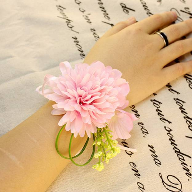 Free-Form Fabric Others Wrist Corsages