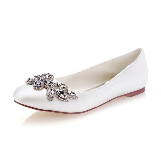 Close Toe Flat Heel Satin Wedding Shoes With Rhinestone