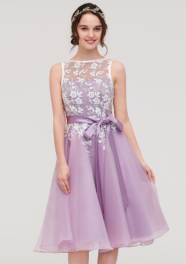 A-Line/Princess Bateau Sleeveless Knee-Length Organza Bridesmaid Dress With Sashes Lace
