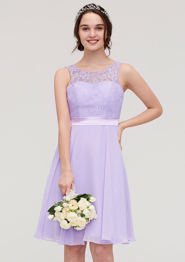 A-Line/Princess Bateau Sleeveless Knee-Length Chiffon Bridesmaid Dress With Sashes Lace