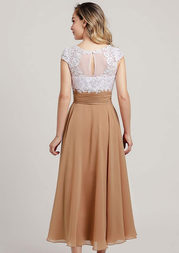 A-line/Princess V Neck Short Sleeve Tea-Length Chiffon Mother of the Bride Dress With Lace