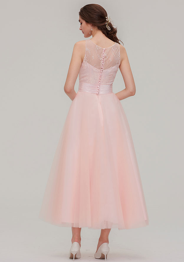 A-line/Princess Bateau Sleeveless Tea-Length Tulle Bridesmaid Dress With Waistband Lace