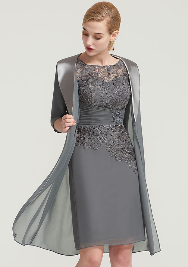 Sheath/Column Bateau Half Sleeve Knee-Length Chiffon Mother Of The Bride Dress With Pleated Lace Appliqued