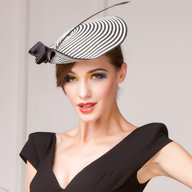 Ladies' Eye-catching/Glamourous Papyrus Fascinators/Tea Party Hats With Bowknot Feather