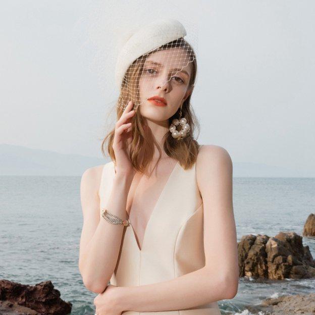 Ladies' Unique/Romantic Linen Fascinators/Tea Party Hats With Tulle