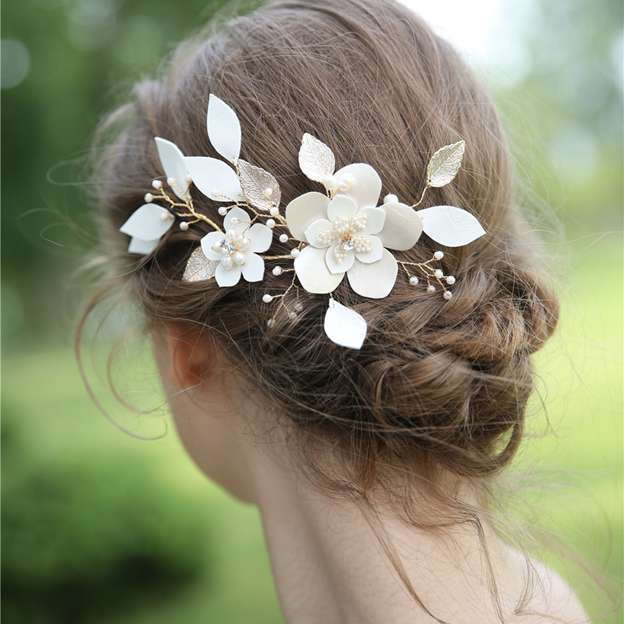 Ladies Alloy/Beads/Flannelette/Freshwater Pearl/Rhinestone With Flower Combs & Barrettes