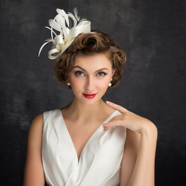 Ladies' Beautiful/Elegant Satin Fascinators With Feather Flower