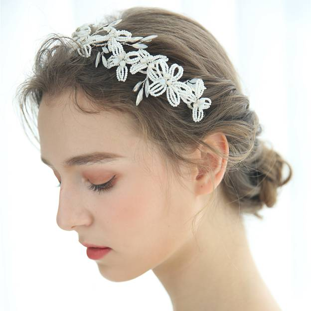 Ladies Beautiful/Elegant Beads With Flower/Crystal Tiaras