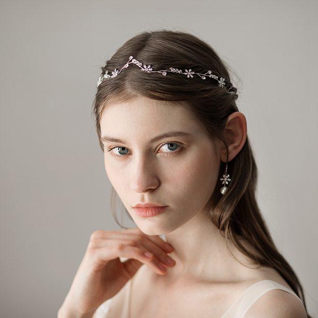 Ladies Beautiful/Elegant Alloy With Beads Rhinestone Headbands (Sold in single piece)