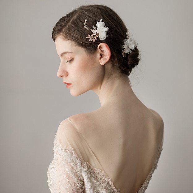 Ladies Freshwater Pearl/Net Yarn With Flower Venetian Pearl/Rhinestone Hairpins