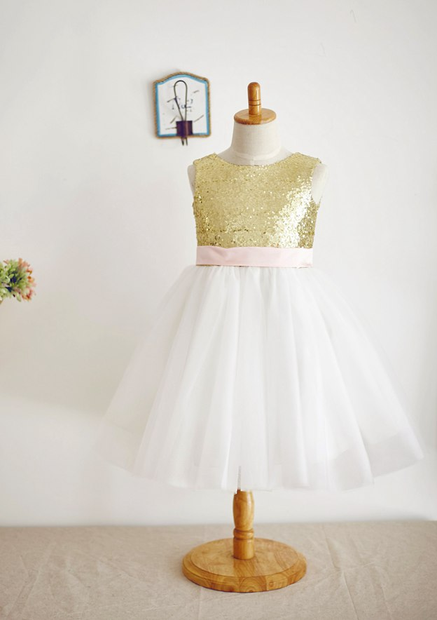 A-line/Princess Knee-Length Scoop Neck Tulle/Sequined Flower Girl Dress With Bowknot/Sashes