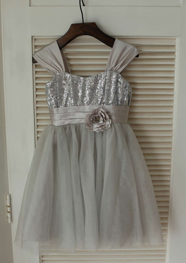 A-line/Princess Knee-Length Sweetheart Tulle/Sequined Flower Girl Dress With Bowknot/Flowers