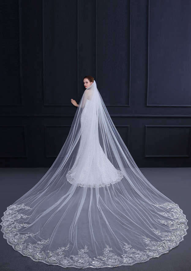 One-tier Lace Applique Edge Cathedral Bridal Veils With Applique Lace Sequin