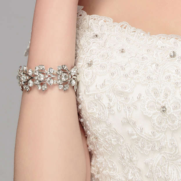 Women's Romantic Alloy Rhinestones Bracelets With Imitation Pearls For Bride